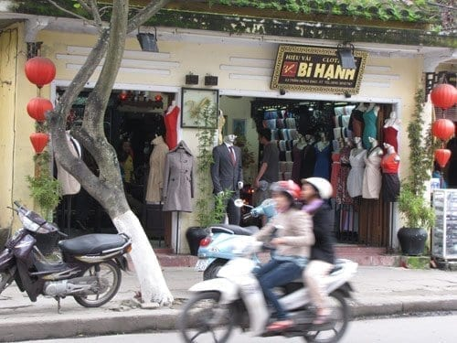 on the street, hoi an tailoring experience
