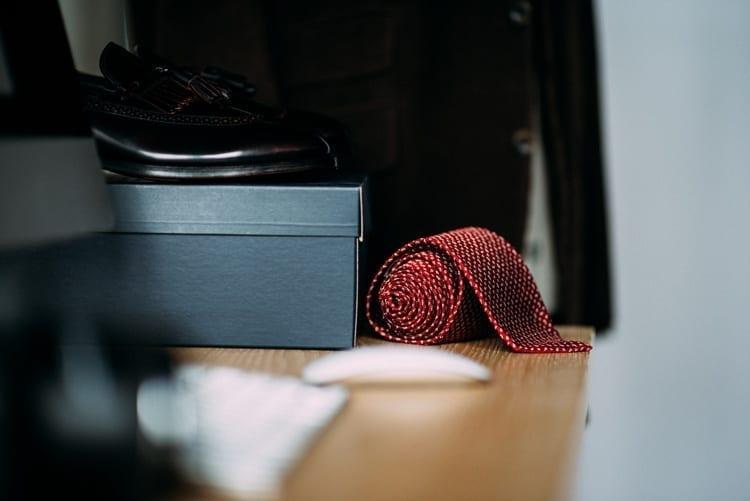 Men's shoes, necktie, desk, men's clothing, twin cities