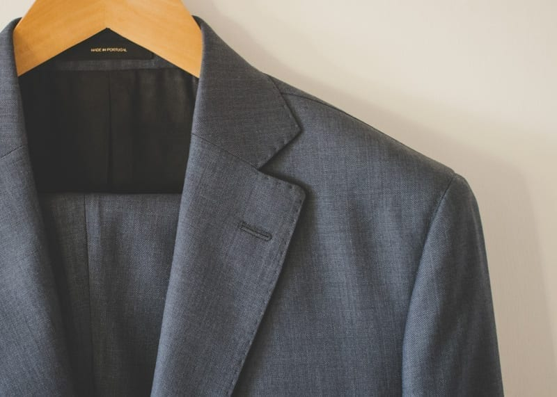 Discussion of Massimo Dutti suits, brand, clothing quality